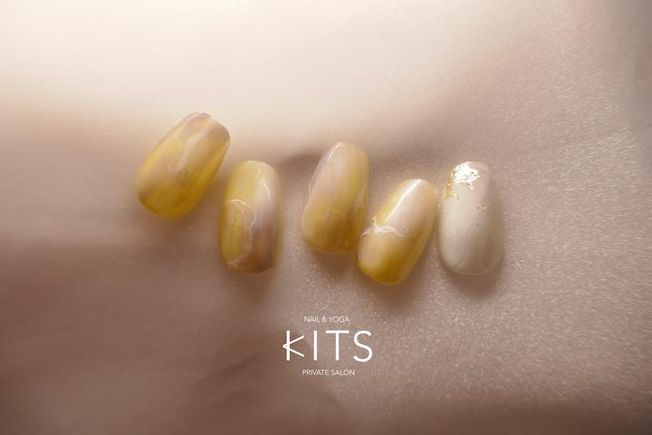 季節を楽しむ、KITSのネイルデザイン